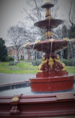 Wigan, Mesnes Park,